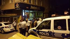 Ataşehir'de Pizzacıyı Soyan hırsızlar.Çalışanları Hastanelik Ettiler