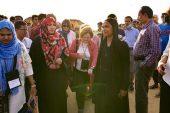 Nobel ödüllü kadınlar Arakanlı Müslümanlarla bir araya geldi