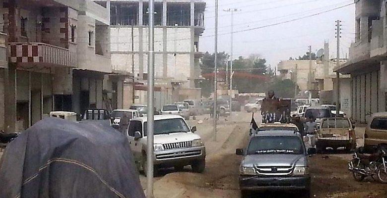 Araplar Rakka'dan çıkarmak istedikleri YPG/PKK'yla çatıştı