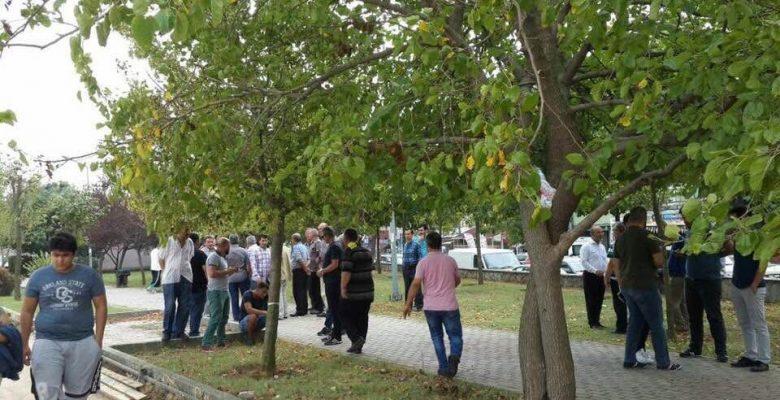 Ataşehir Belediyesi Halka Hizmet Derdinde Değil , Birde Borcundan Parkı Satıyor..