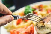 Sağlıklı yaşam için 'iki öğün' önerisi