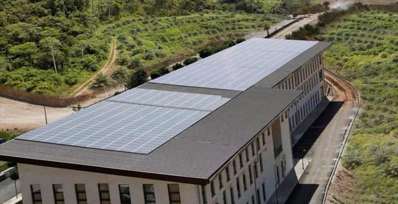Üniversitenin elektriği güneşten
