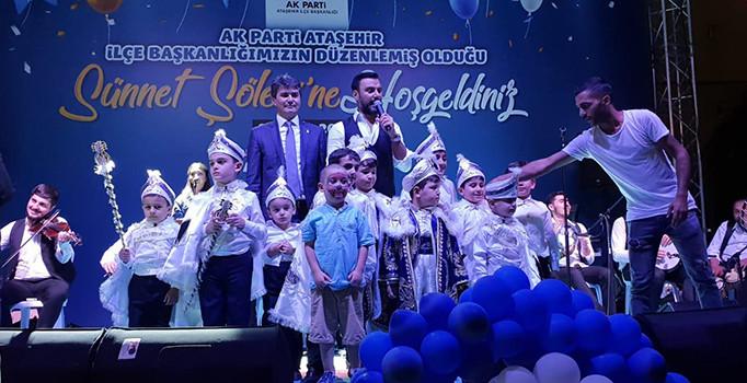 AK Parti Ataşehir İlçe Başkanlığı'nca, sünnet ettirilen 100 çocuk için şölen düzenlendi.