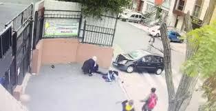 Ataşehir'de Öğretmen Öğrencileri Ezdi!