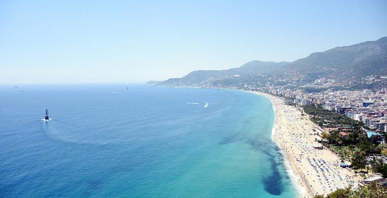 Antalya'nın turizm gelirinin 5'te biri 'deniz'den.