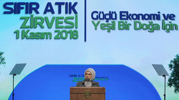Emine Erdoğan: 'Gelecek nesillere, kaynakları tükenmiş bir dünya bırakamayız'.