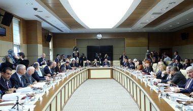 Sağlık alanında düzenlemeler içeren teklif komisyonda kabul edildi.