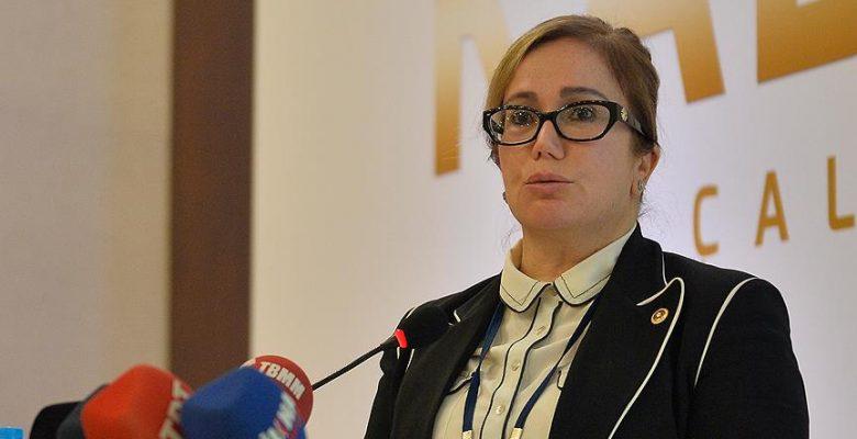 TBMM Kadın Erkek Fırsat Eşitliği Komisyonu Başkanı Kalsın: Kadının siyasetteki yerini önemsiyoruz.