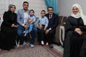 Bakan Dönmez'den madenci ailesine sürpriz ziyaret.