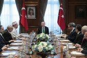Cumhurbaşkanı Erdoğan, Diyanet İşleri Başkanı Erbaş'ı kabul etti.