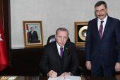 Cumhurbaşkanı Erdoğan Çorum Valisi'ni kabul etti.