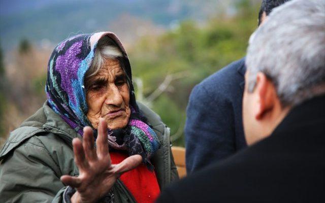 Yıllardır Zorlu Hayat Yaşayan Yaşlı Kadına Devlet Sahip Çıktı.