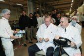 Başkan Erdoğan Eskişehir'de ETİ Fabrikası'nı ziyaret etti.