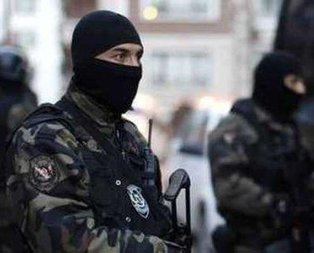 İstanbul'da eylem hazırlığındaki 2 PKK'lı terörist yakalandı.