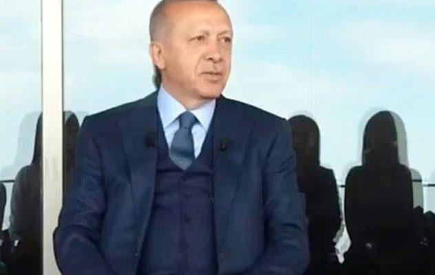 Son dakika: Başkan Erdoğan gençlerin sorularını yanıtlıyor.