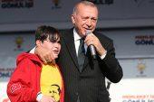 Cumhurbaşkanı Erdoğan sahneye çağırmıştı! 14 yaşındaki Emirhan o anları anlattı.