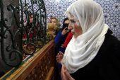Erzurum'da Meral Akşener'in ilk durağı Abdurrahman Gazi Türbesi oldu.