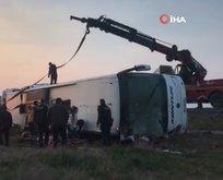 Denizli'de yolcu otobüsü devrildi! Ölü ve çok sayıda yaralı var.
