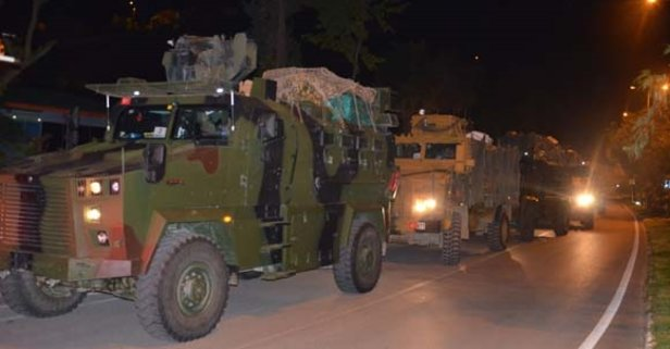Suriye sınırına askeri sevkiyat.