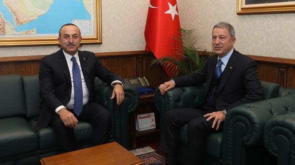 """Emine Erdoğan, Twitter hesabından yaptığı paylaşımda, """"Bugün yeni  İstanbul Havalimanından Ankara'ya ilk tarifeli uçuşumuzu gerçekleştirdik.  Dünyanın en büyük havalimanı unvanına sahip yeni havalimanımızın ülkemize ve  milletimize hayırlı olmasını diliyorum."""" ifadelerini kullandı."""