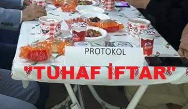 Cumhurbaşkanı  yer sofrasında ; Ak Partili Yöneticiler  protokol masasında