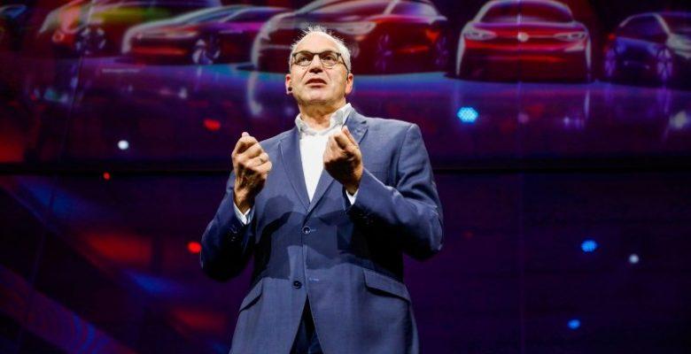 Volkswagen elektrikli otomobil siparişi almaya başladı.
