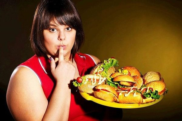 Uzmanlardan kritik uyarı: Fazla kilo, meme kanserine neden olur!.