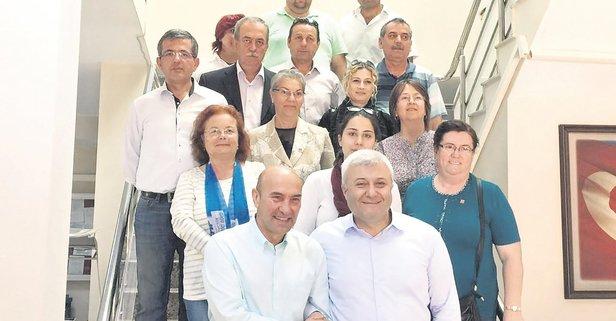 İzmir'de Tunç Soyer ile Tuncay Özkan karşı karşıya geldi.