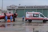 Rusya'da Kovid-19 tedavisi gören iki Türk vatandaşı ambulans uçakla yurda getirildi